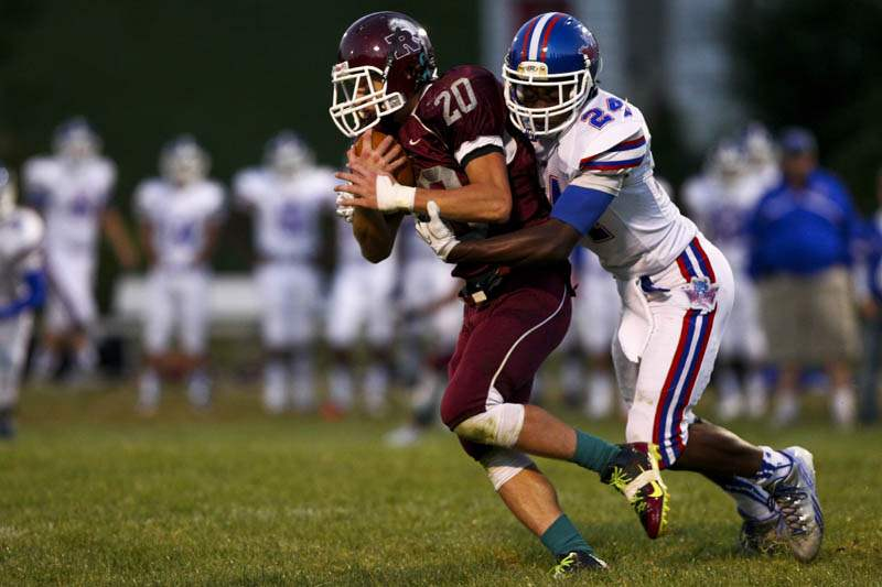 Springfield-Rossford-tackle