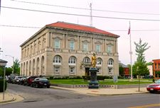 Putnam-County-Courthouse