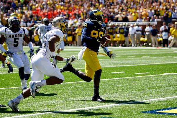 Michigan-senior-quarterback-Devin-Ga