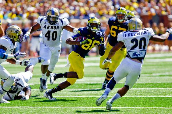 Michigan-sophomore-Jehu-Chesson-86-runs-the-ball