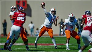 Bowling Green quarterback Matt Johnson throws a pass against Indiana. He did not throw for a touchdown on Saturday.
