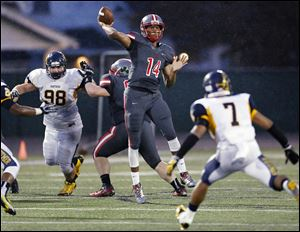 Central Catholic quarterback DeShone Kizer's 79-yard TD pass in the third quarter made the difference against Whitmer. Kizer completed 10 of 22 passes for 185 yards and three TDs.