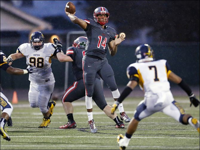 21s7kizer Central Catholic quarterback DeShone Kizer's 79-yard TD pass in the third quarter made the difference against Whitmer. Kizer completed 10 of 22 passes for 185 yards and three TDs.