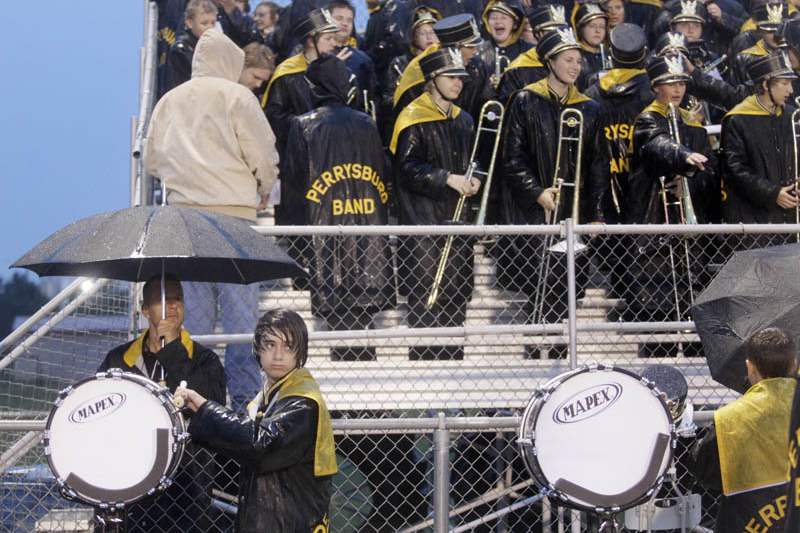 Perrysburg-BG-drumming-in-the-rain
