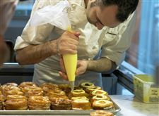 Chef-Dominique-Ansel-makes-Cronut
