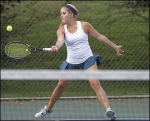 Alicia Nahhas, a sophomore with a 20-3 record, was the No. 2 singles champion at the TRAC tournament.
