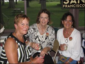 Good Librations chairmen, from left, Maureen Kennedy, Halle Bruening, and Carol Wise.