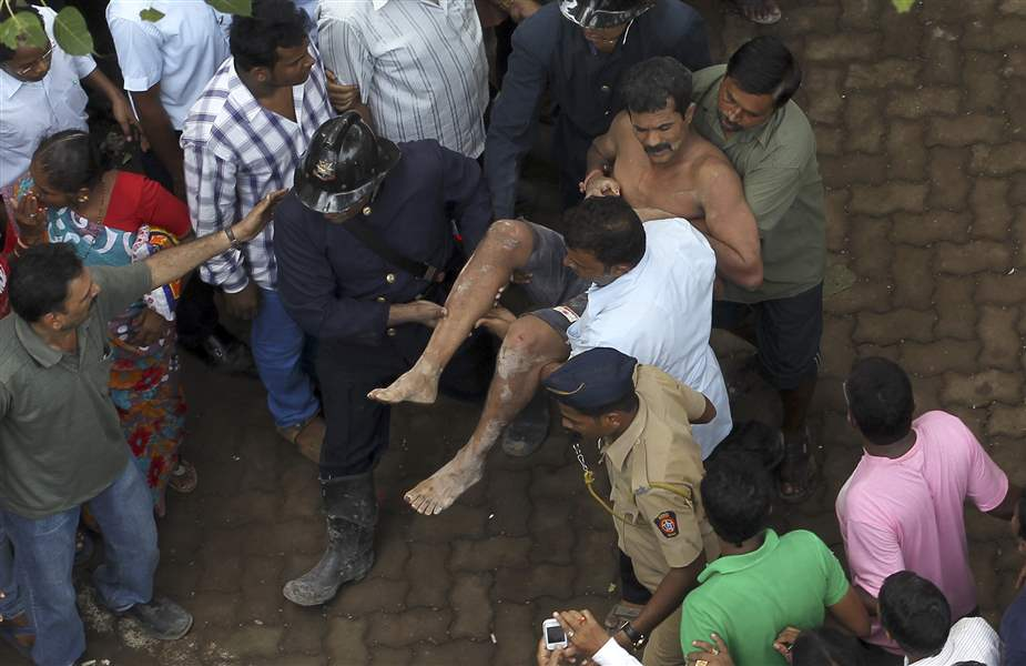 India-Building-Collapse-7