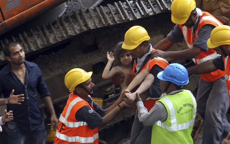 India-Building-Collapse-8