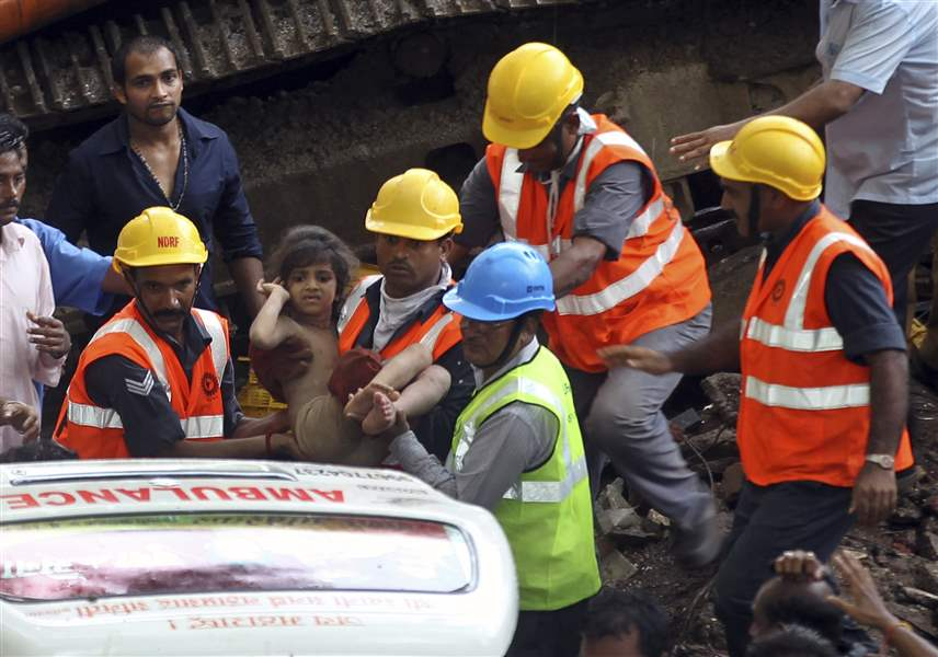 India-Building-Collapse-9