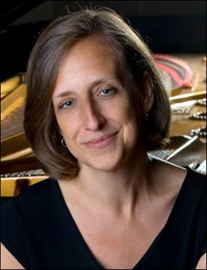 Jill Dawe will open the Dorothy MacKenzie Price Piano Series at the University of Toledo with a weekend residency on Oct. 12-13.