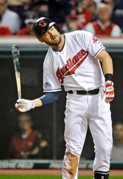 Cleveland-Indians-Ryan-Raburn-throws