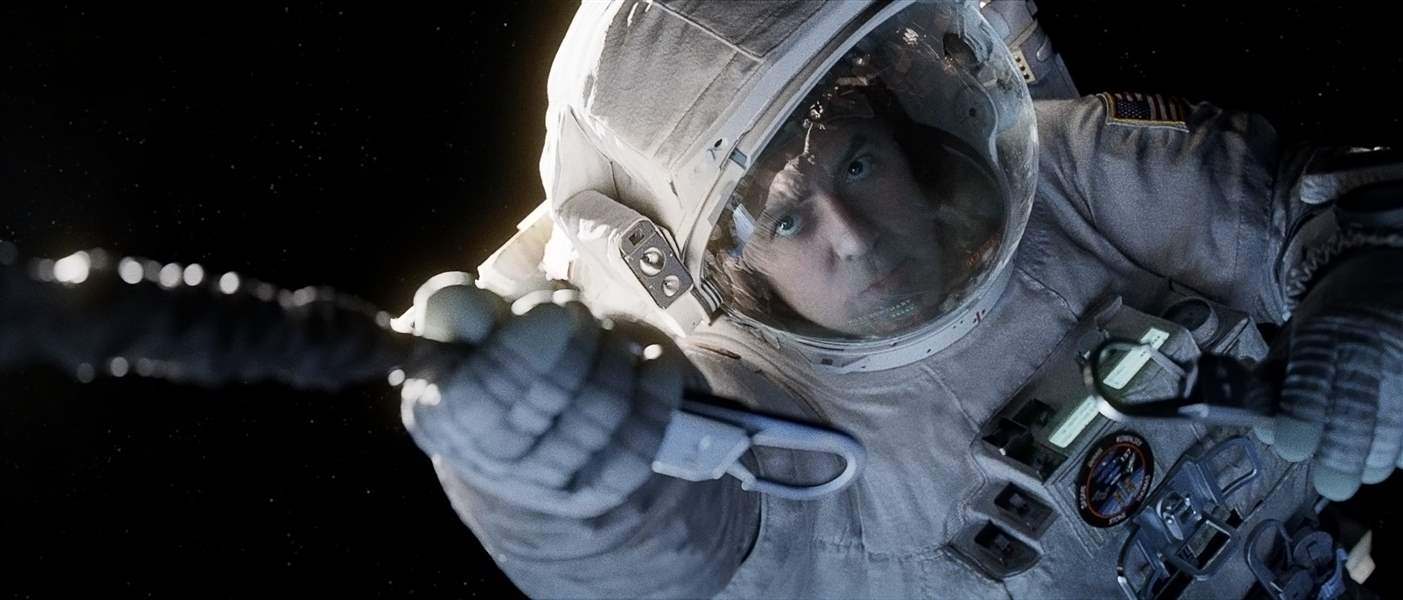 Film-Review-Gravity-1