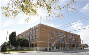 Macomber Vocational High School was built in 1931 and the Toledo Public Schools closed it in 1991. Alumni and others are helping the Cherry Street Mission realize its dreams.
