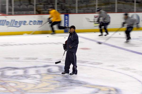 Walleye-head-coach-Nick-Vitucci-during-camp-1
