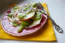 Honey-Crisp-apple-salad-with-celery-red-onions