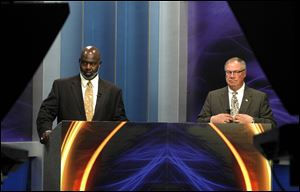 The forum aired live on WNWO-NBC-24 and WSPD-AM-1370 was the first televised debate of the general election between incumbent Mayor Mike Bell and Councilman D. Michael Collins.