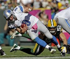 Green-Bay-s-Clay-Matthews-sacks-Matthe