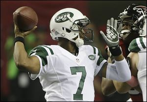 New York Jets quarterback Geno Smith (7).