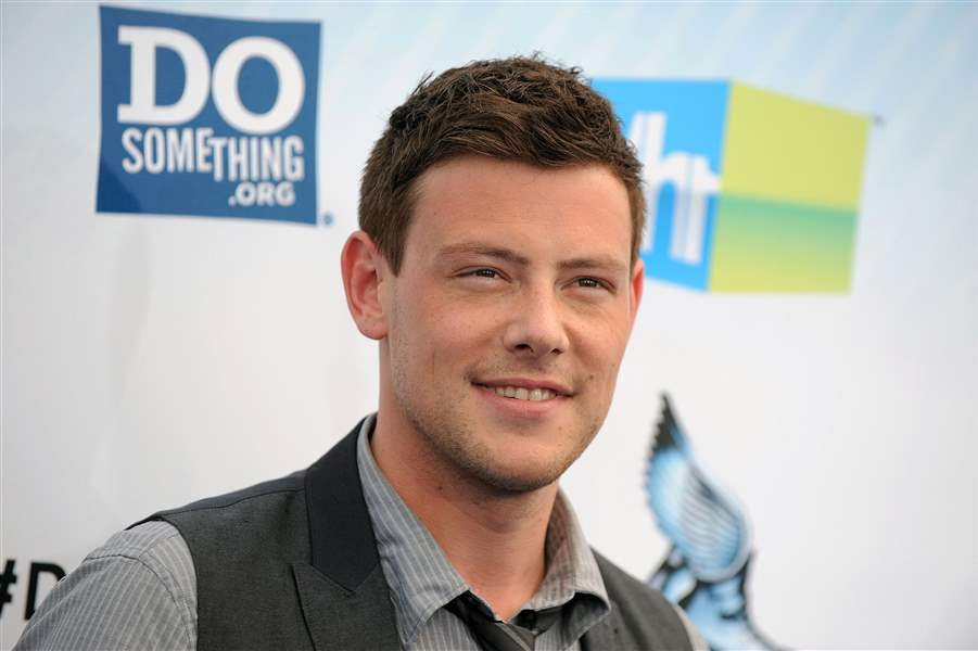 TV-Glee-Monteith-Tribute-1