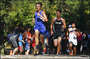 Springfield senior Kohl Taberner won the Northern Lakes League boys cross country meet with a time of 16:12.93.