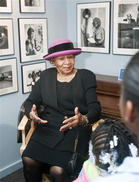 Maxine-Powell-touring-the-Motown-Museum-in-Detroit