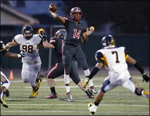 Central Catholic quarterback DeShone Kizer, who has committed to play at Notre Dame, has completed 85 of 143 passes for 1,494 yards and 15 touchdownds to lead an offense averaging 36.7 points per game.