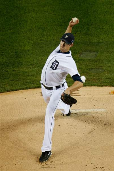 Detroit-Tigers-starting-pitcher-Doug-Fiste
