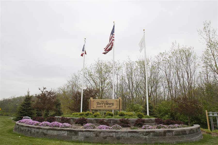 WEB-Perrysburg-Welcome-sign-9