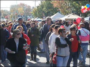 Crowds flock to the 27th Annual Fall Festival and Parade in Sylvania.