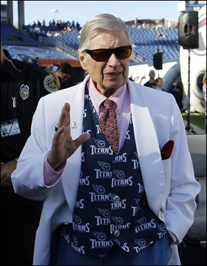 "Tennessee Titans owner K.S. ""Bud"" Adams Jr. has died in his Houston home."
