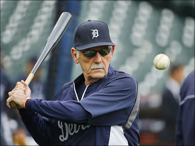 s3hit-4 Jim Leyland would regularly hit balls for his infielders before Detroit's games, including prior to an American League Championship Series game against the Red Sox.