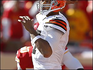 The Browns' Jason Campbell was 22 of 36 for 293 yards in a loss to Kansas City on Sunday.