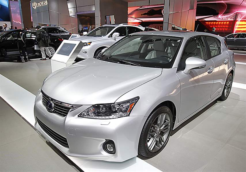 The-Lexus-200CT-hybrid-is-shown
