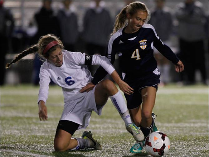 SPT AWayneNDsoccer30p Anthony Wayne's Chloe Brown and Notre Dame's Julia Spencer vie for the ball.