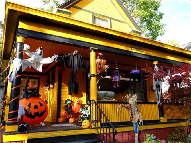 FEA Halloween Home at 630 Acklin Avenue decorated for Halloween.