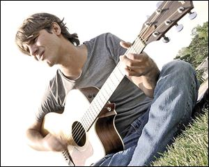 Ben Barefoot will entertain at Ye Olde Durty Bird Saturday.