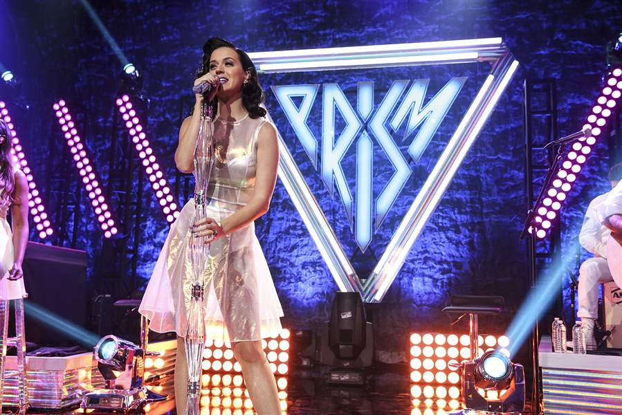 Katy-Perry-performs-on-stage-at-the-Katy-Perry-i