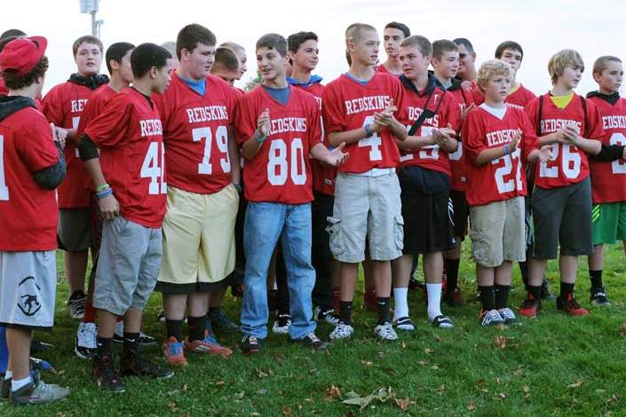 CTY-cancer31-football-team