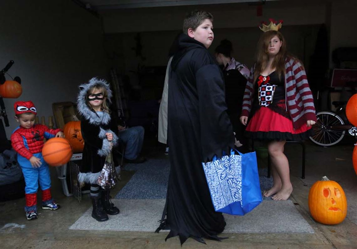 Area Trick Or Treat Times Toledo Blade