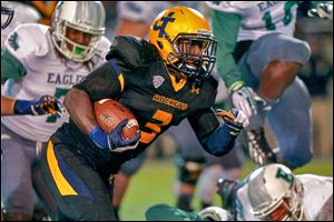 Toledo freshman running back Kareem Hunt, making his first career start, ran for 168 yards and two touchdowns Saturday night.