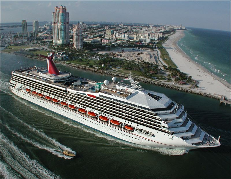 Cruise Ship Liners Grow Larger But Mishaps On Rise As Well