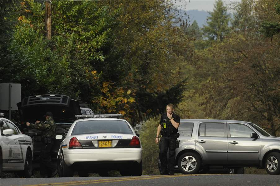 Oregon-Officer-Shot-3