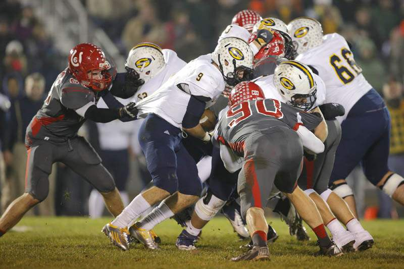 Bedford-Saline-shirt-tackle