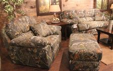 Duck-Dynasty-couches