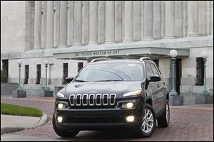 Instead of rewarming the design of the Jeep Liberty, Chrysler designed the Cherokee from scratch, resulting in a more refined vehicle.