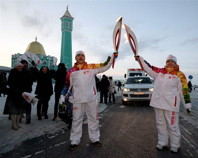 Russia-Sochi-Torch-Relay-1