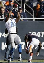 Lions-Bears-Football-Johnson-11-10