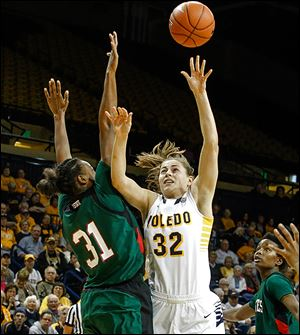 Toledo's Ana Captosto, who had 11 points, shoots over Mississippi Valley State' s Jasmyne Sanders.