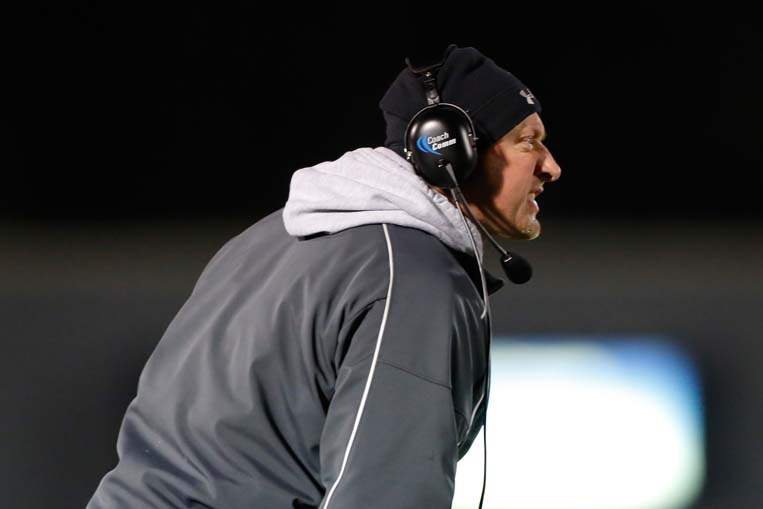 SPT-Bedfordfball16p-coach-jeff-wood